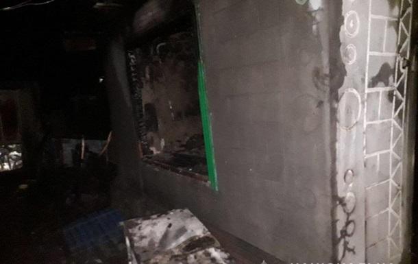 При пожаре на Запорожье погибли двое детей, мать покончила с жизнью