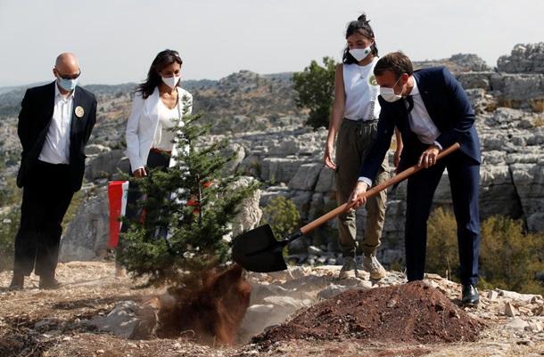 Ливан ожидает голод. Реформы на контроле МакронаСюжет